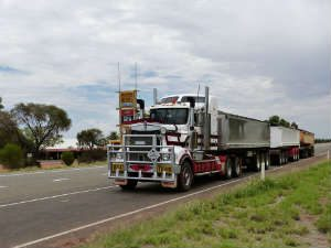 Trucking Technology Improves Parking for Big Rigs!